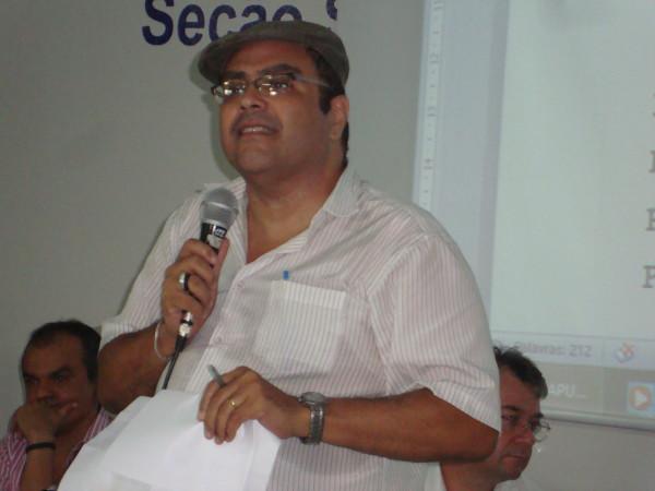 Prof. Paulo Henrique avalia as manifestações populares que tomaram as ruas