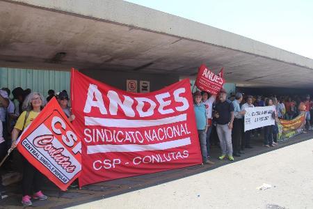 Caravana trouxe mais de 5 mil à capital federal contra a Reforma da Previdência