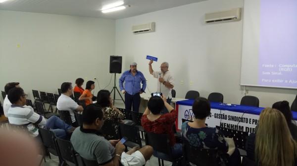 Professores são homenageados pela Apug-Ssind