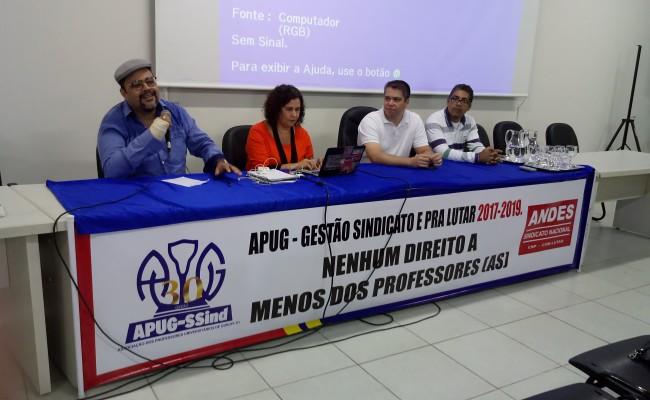 Apug promove formação política com Café&Debate