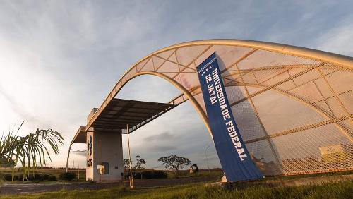 Desmembramento de três universidades federais é oficializado