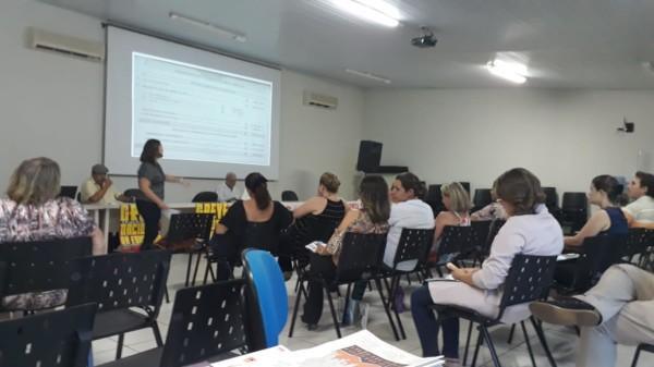 Assembleia da APUG decide pela paralisação no dia 15 de maio