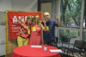 Da esquerda para a direita: Maria Regina Ávila (Seção Sindical do ANDES-SN na UFSC), Rivânia Moura (ADFURRN/ADUERN) e Amauri Fragoso (ADUFCG)
