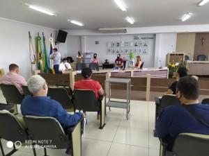 Reunião com alguns vereadores na Câmara de Gurupi