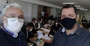 Presidente da Apug e da AsaUnirg na sessão desta sexta-feira que aprovou recomposição